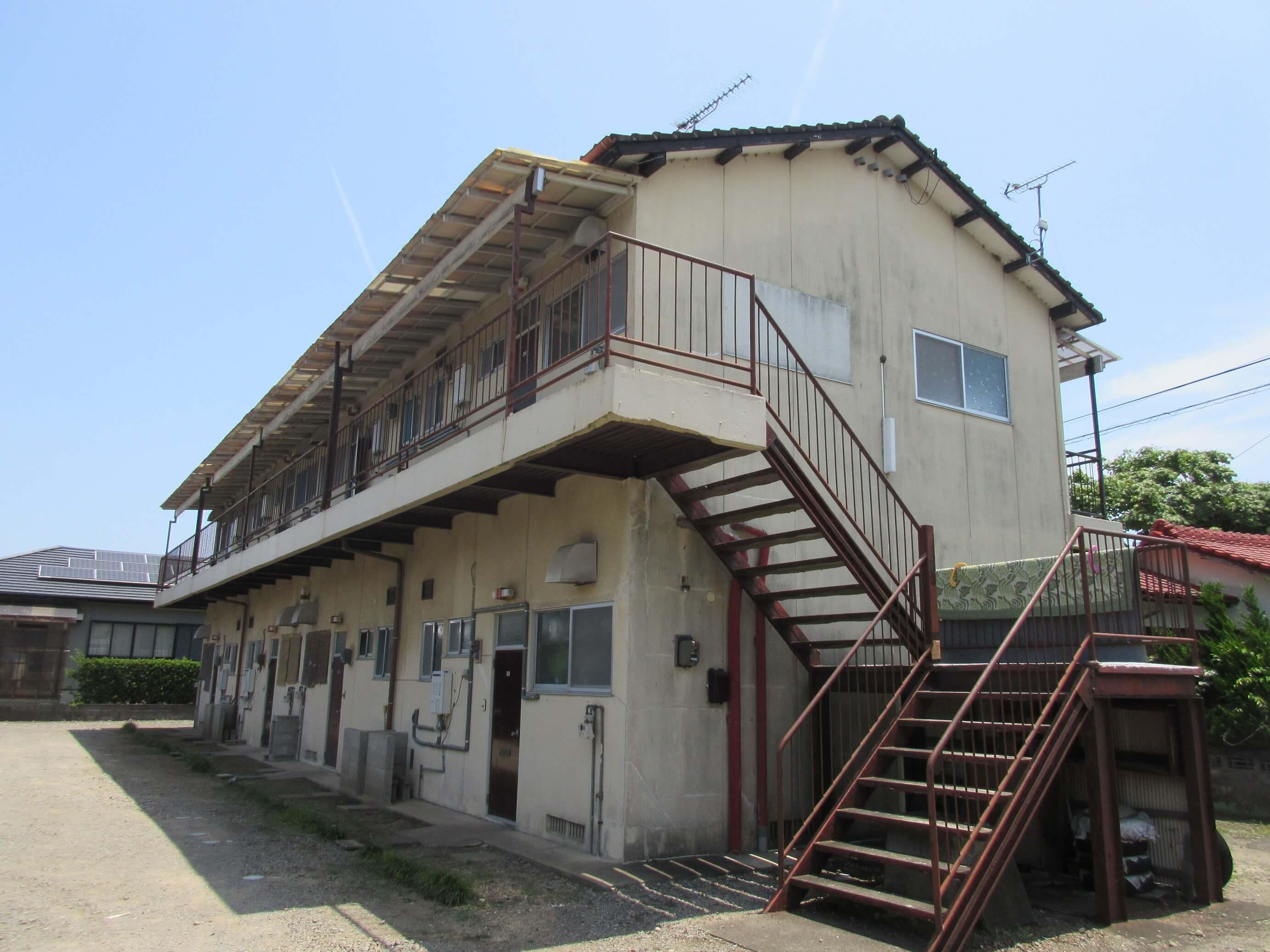 車庫付でコンビニも近い尾鈴荘